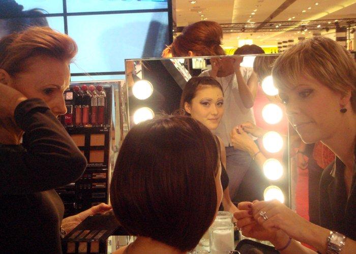 showcase-animation-dior-modeles-maquillage-3